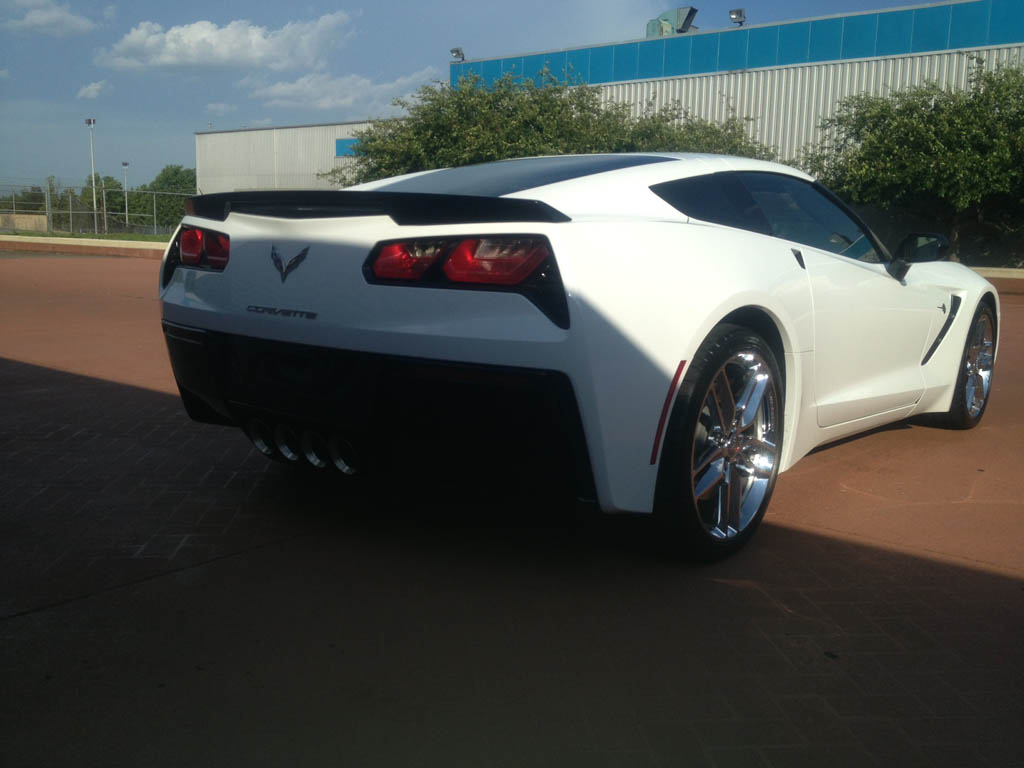 corvette stingray wallpaper white tyzoak engine information