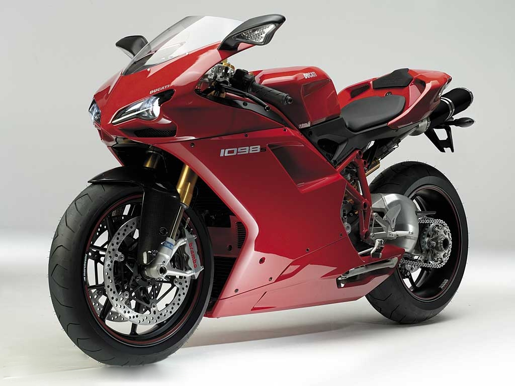 10 Fastest Bikes In The World Top 10s Engine Information