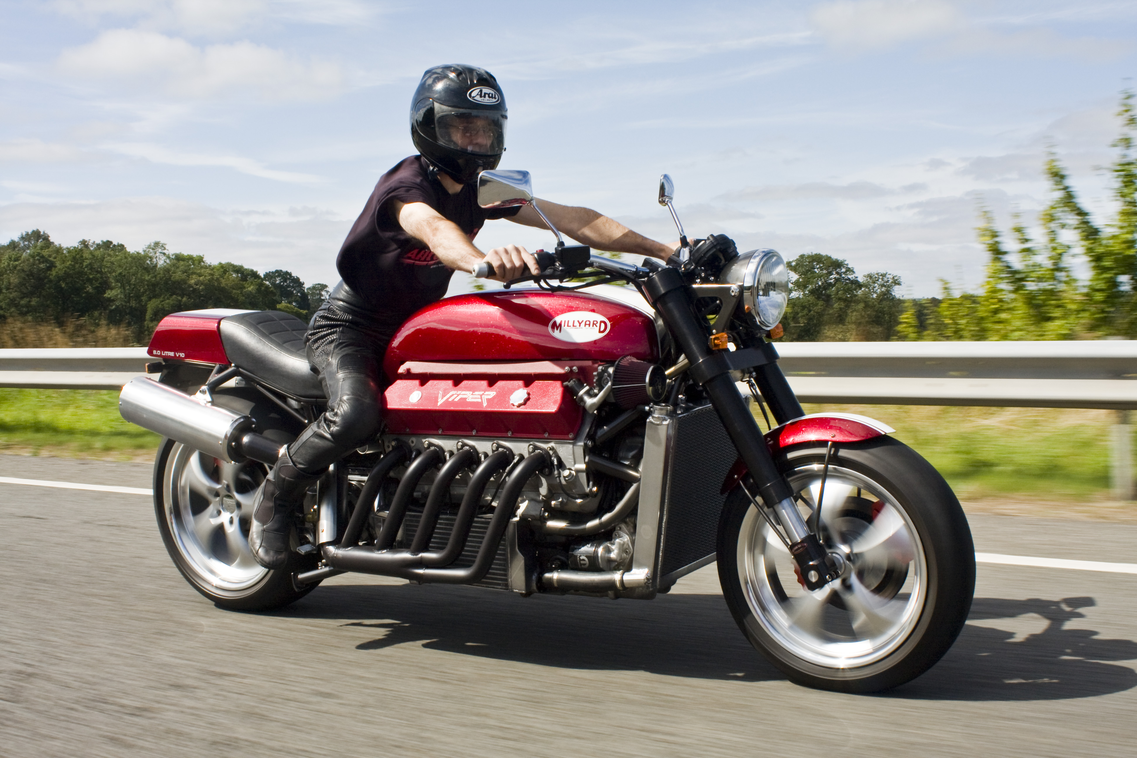 7 Fastest Motorcycles In The World Engine Information