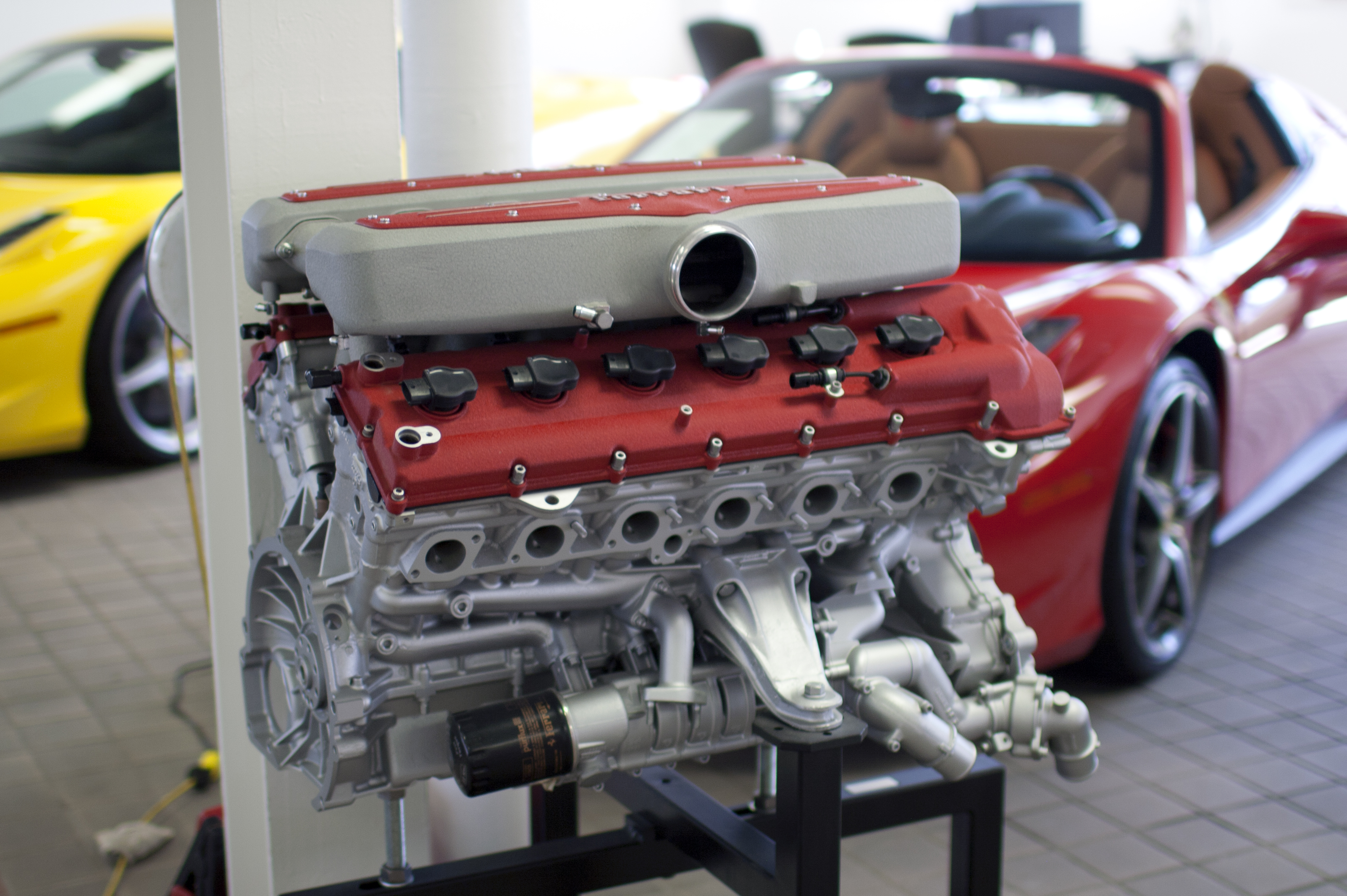 Ferrari 599xx Engine - Engine Information