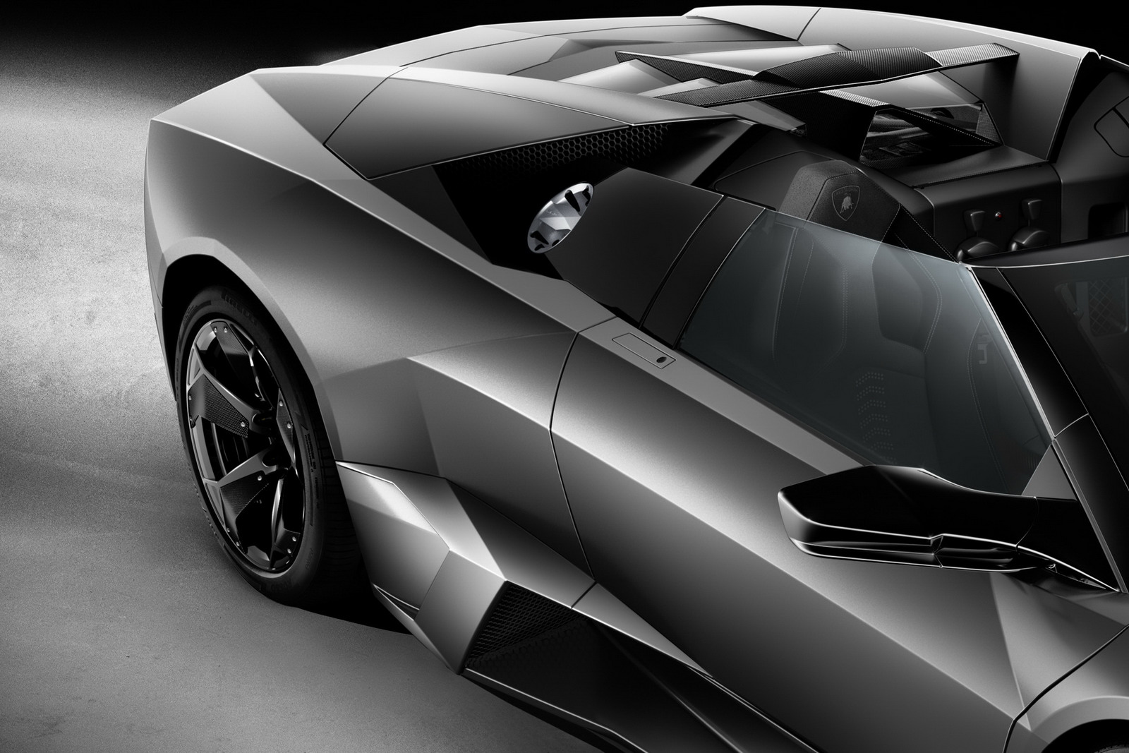 Lamborghini Reventon 2012 Riding Cars Engine Information