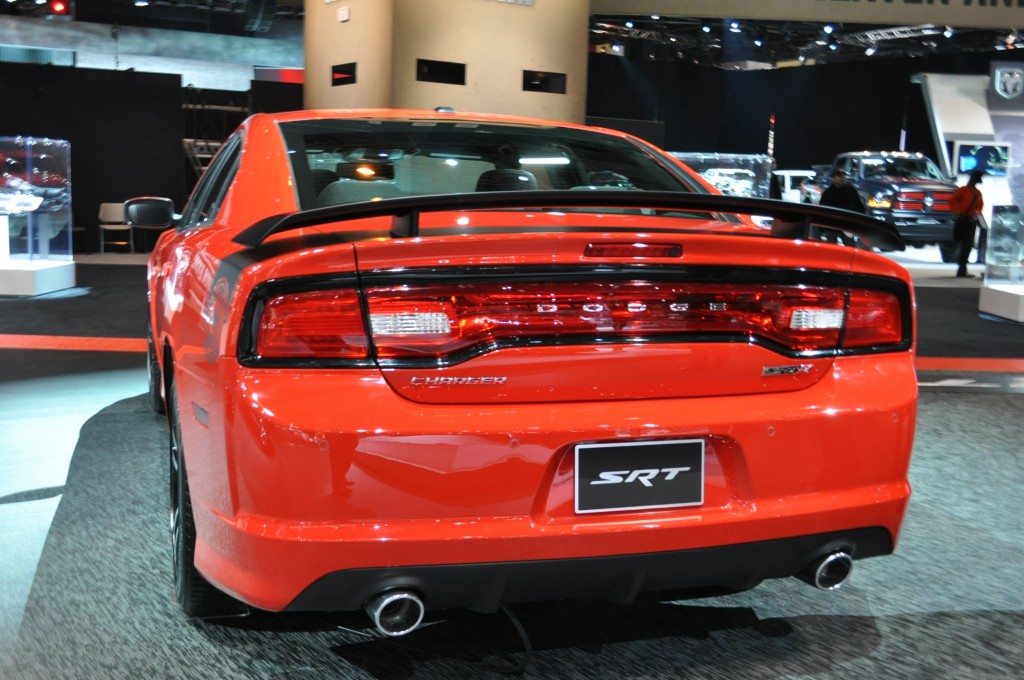 2014 dodge charger srt8 super bee hd engine information. Cars Review. Best American Auto & Cars Review
