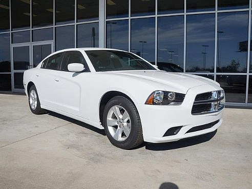 White Dodge Charger With Black Rims Rd Oboc on Dodge Ram 3500 Engine Bay Pics