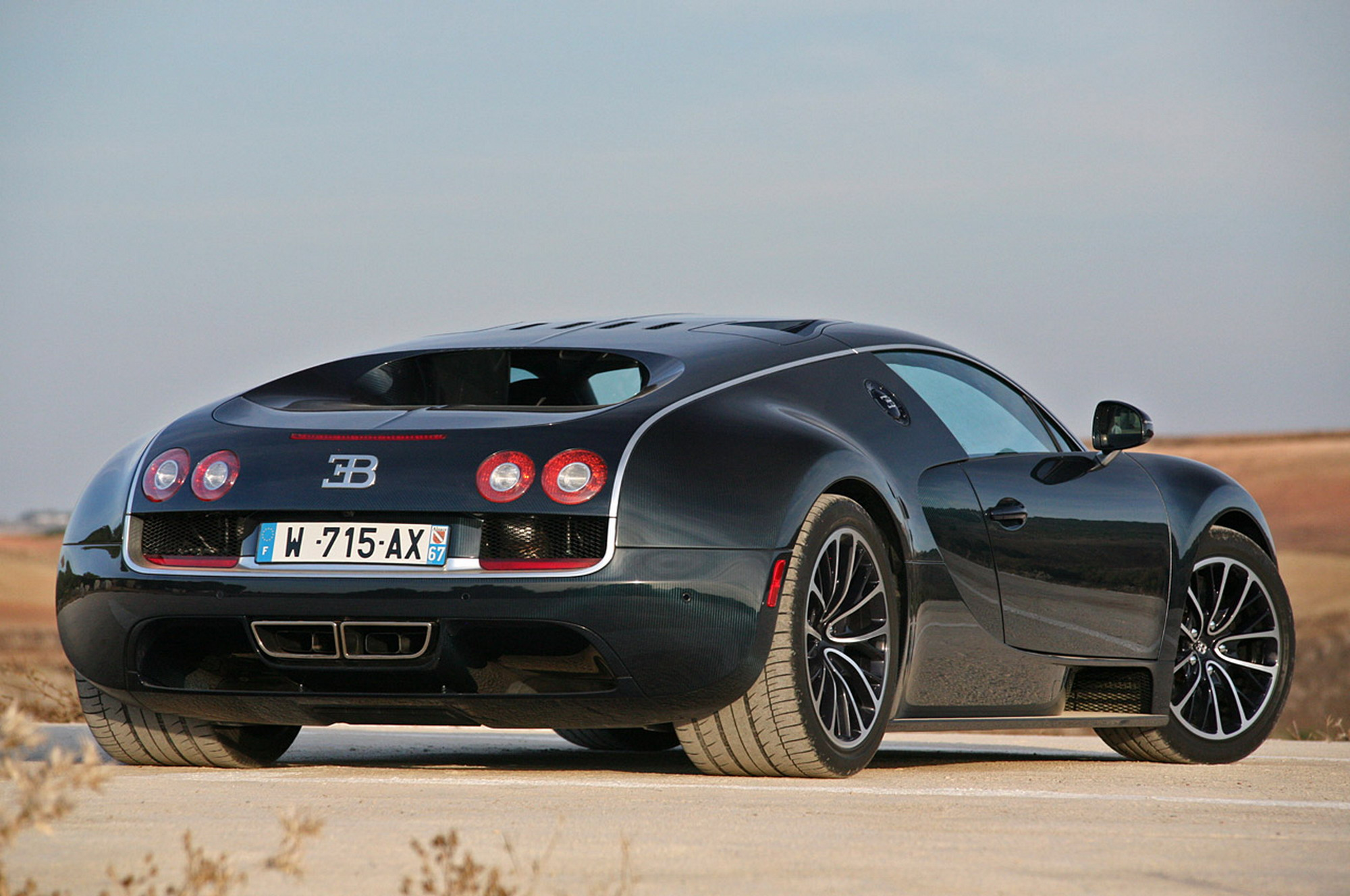 Bugatti Veyron Super Sport Wallpaper
