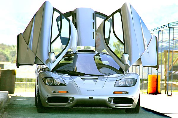 mclaren f1 engine gold plated rc9awpix