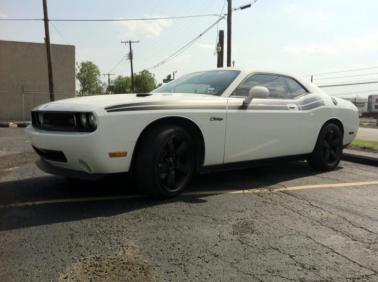 White Dodge Challenger With Black Rims Engine Information